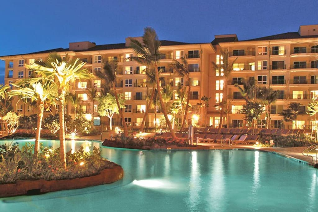 Enjoy warm tropical evenings by the pool or at the beach.
