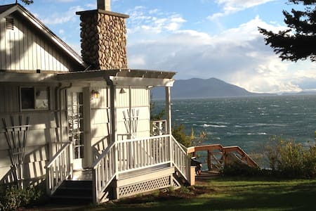 Cottage by the Sea - Private Beach - Lummi Island - Rumah