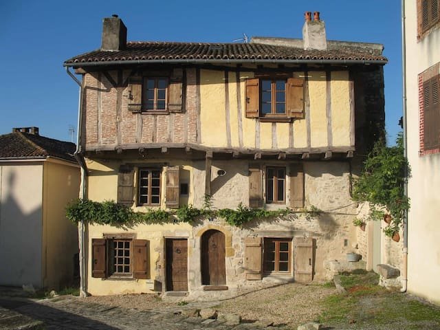 Le  Grand Fort  Bellac - Bellac - House