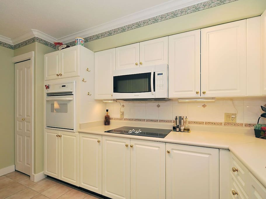large kitchen, comfy to work in.  Fully equipped.
