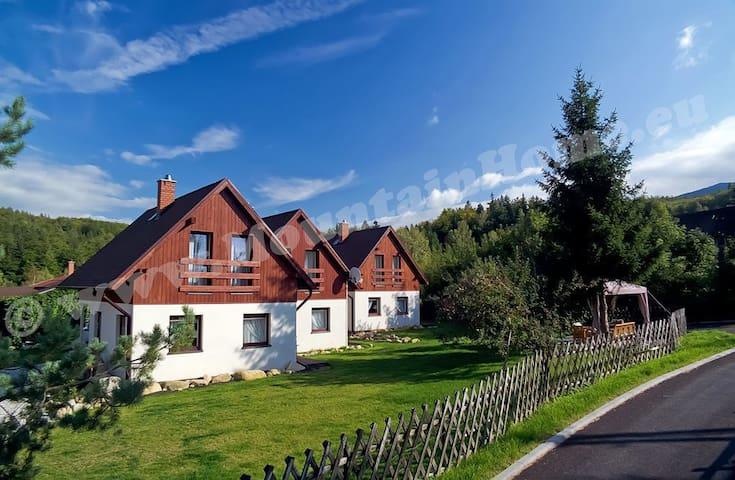Karkonosze Comfy Mountain Chalets - Jelenia Góra - Lomamökki