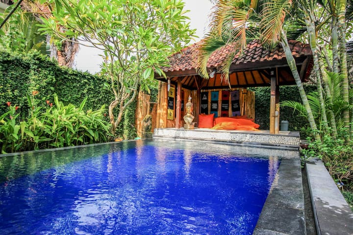 Luxury and peaceful villa with Pool - Sanur, South Denpasar - Huvila