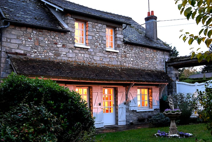 Charming cottage in small historic village