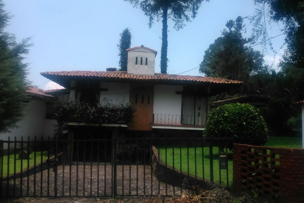 valle de bravo single parent dating site Location: valle de bravo, estado de méxico, méxico - the purpose of the project was to bring together a growing family we demolished a family home of a couple with.