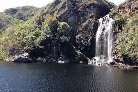 Couple, kids, bikes and waterfalls - Casa