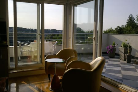 Gorgeous and serene Penthouse - Zagreb