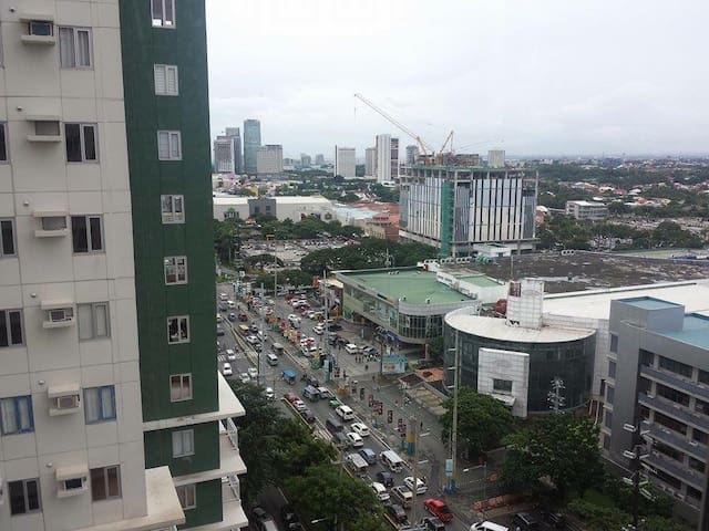 Brand New 1br Condo in Alabang