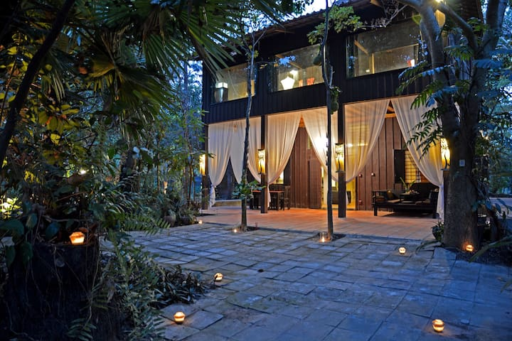 Meru| Unique, Peaceful, Bush Retreat - Siem Reap  - Villa