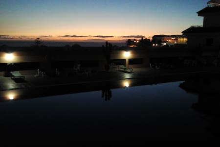 Beautiful beachfront apartment. - Playa de la Arena. Puerto Santiago. Santiago del Teide