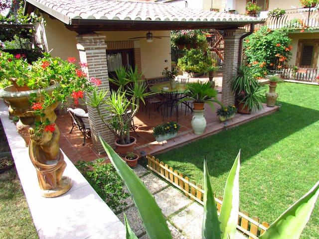 B&B Casa del GiraSOLE - Genazzano - Oda + Kahvaltı