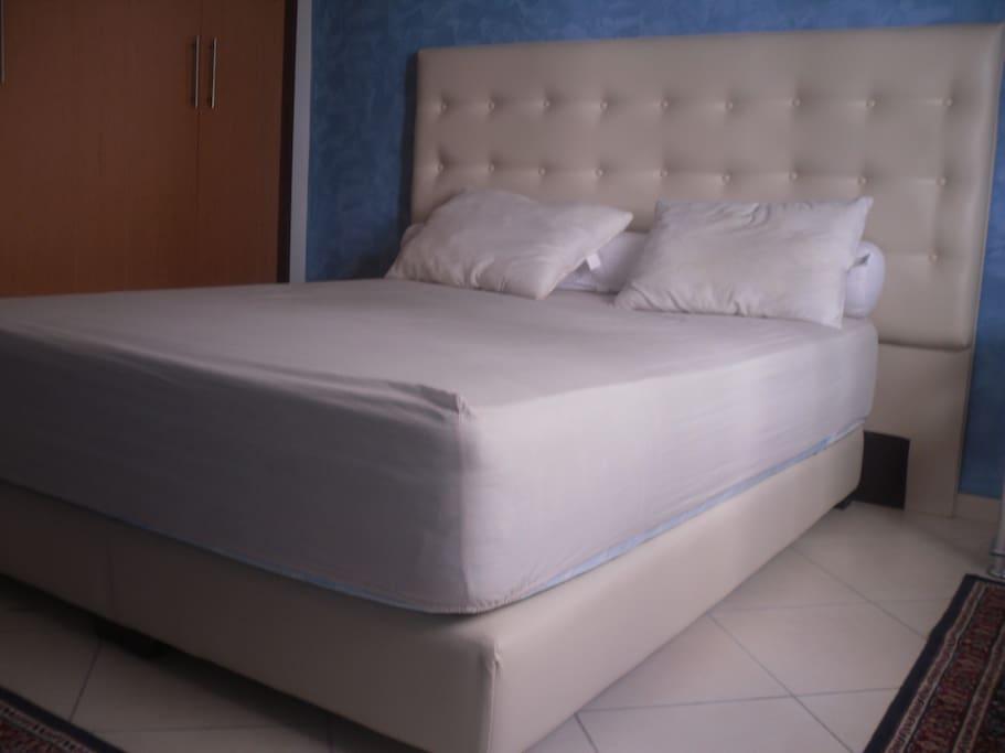 chambre a coucher lit a 160 cm