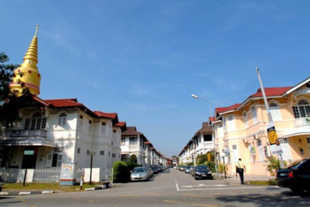 Bangkok Lane is one of the endearing streets of Penang lined with quaint heritage homes