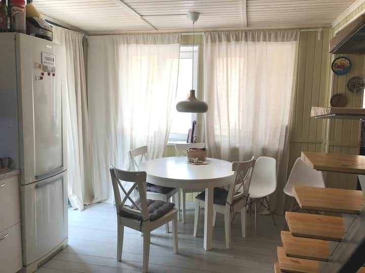 Уютная дача в курортном районе на берегу финского