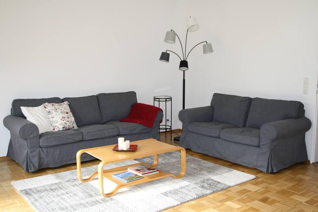 gem tliche ruhige wohnung mit garten bei hamburg. Black Bedroom Furniture Sets. Home Design Ideas