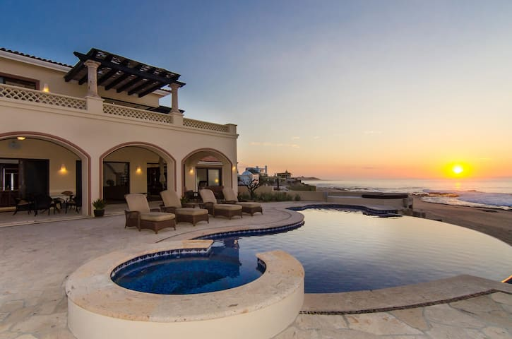 Secluded East Cape Beachfront Getaway at Villa Kash, 4 BR