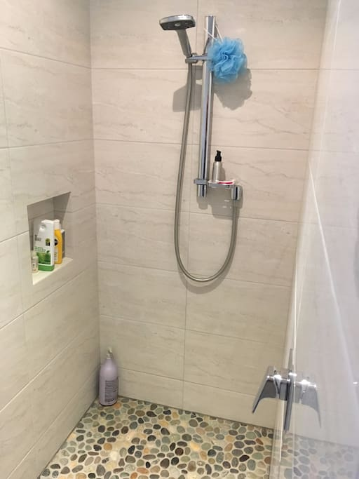 En-suite Walk-in shower
