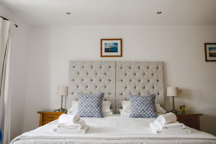 Stylish King Size Room by the sea
