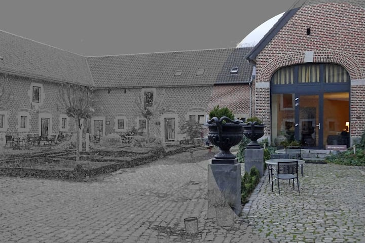 20 persons apartment in an old farm