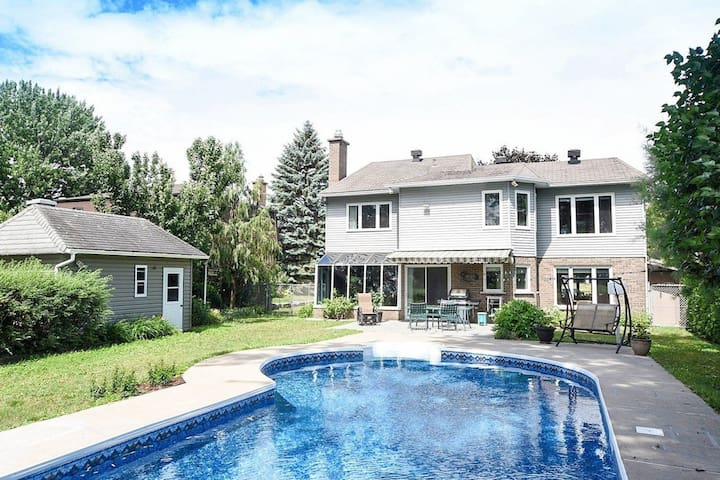 Beautiful waterfront home/rooms in west montreal