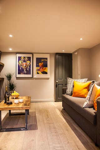 Stylish apartment in trendy area apartments for rent in manchester england - Matelas dunlopillo trendy room 24 ...