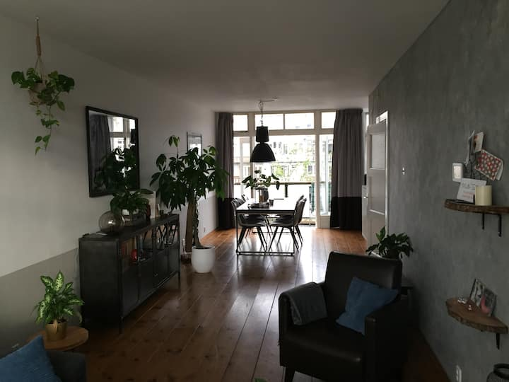 Discover Rdam with this spacious 4 room urban oase