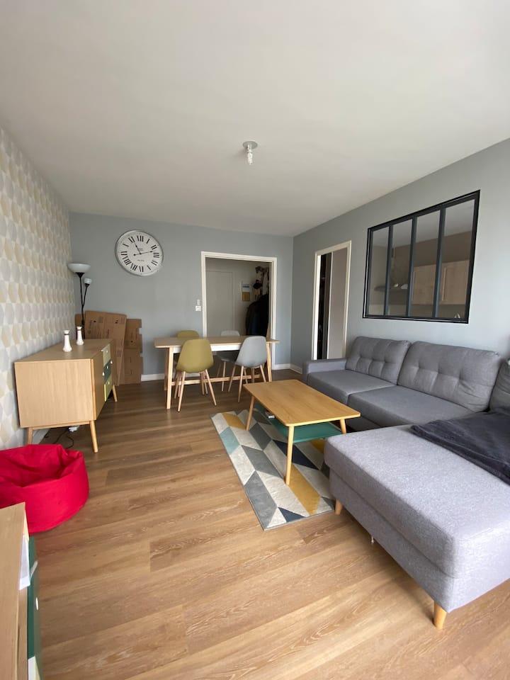 Appartement calme bien exposé avec balcon