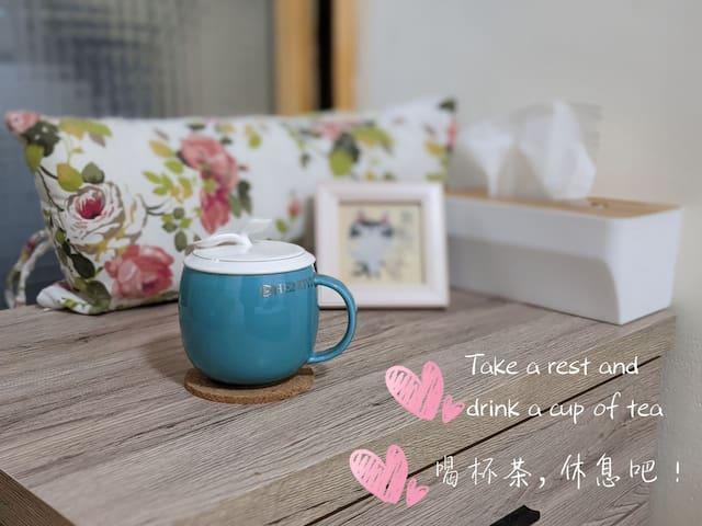 溫馨小居/lovey room with a window/near YouBike station