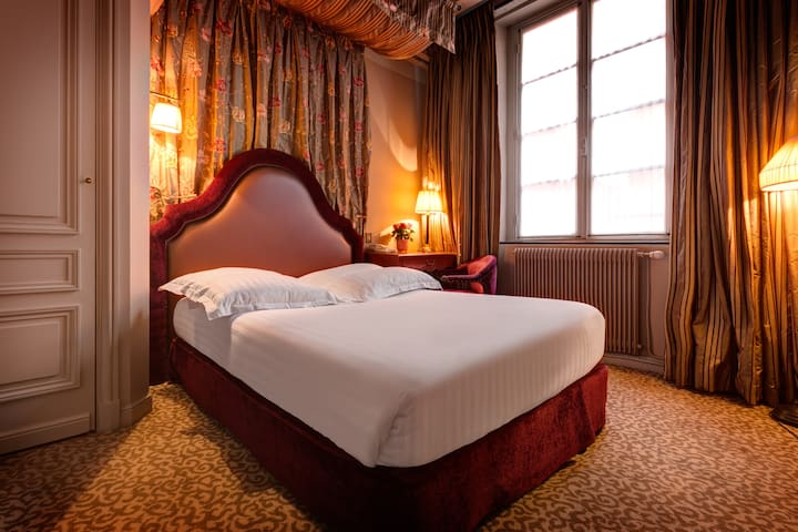 Cosy nest for 2 persons in Saint-Germain / Odeon