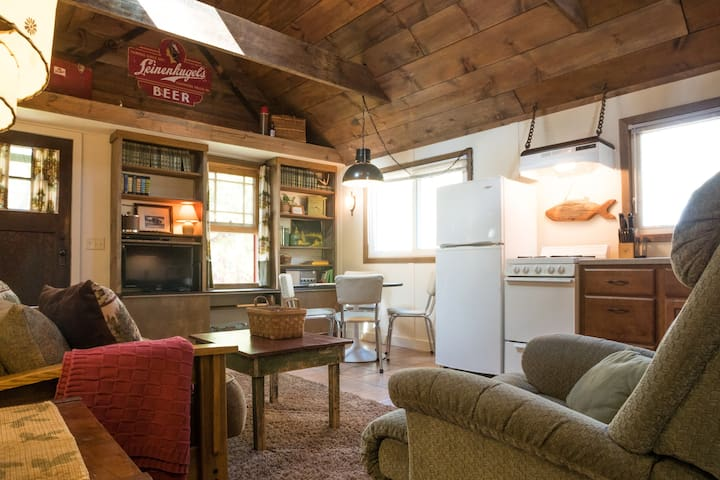 Maple Cabin-Hideaway Resort on Lake Wissota