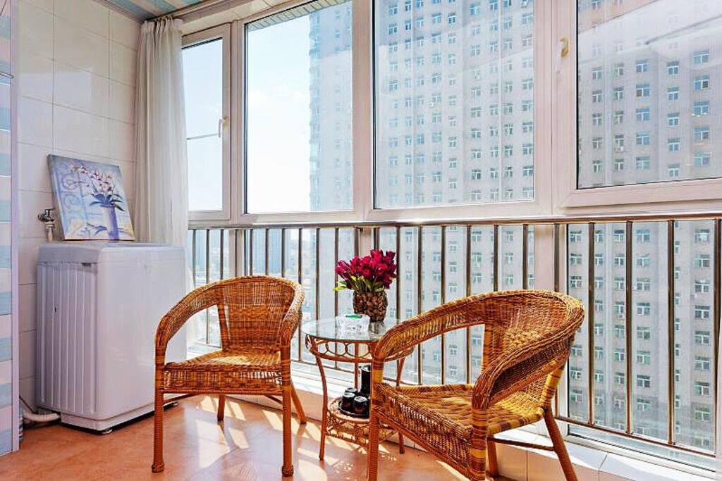 客厅阳台藤椅,全自动洗衣机