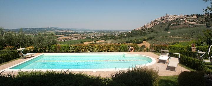 Appartement Ginestra met uitzicht op Trevi