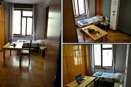 Private Room for 1-2 People - Center of Piacenza - Piacenza
