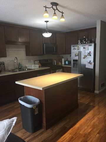 Updated townhouse, 25 minutes from US Bank Stadium