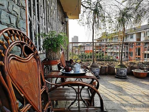 良栖竹院  客运站附近五室两厅带屋顶花园洋房