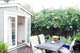 Picture of Private backyard cottage