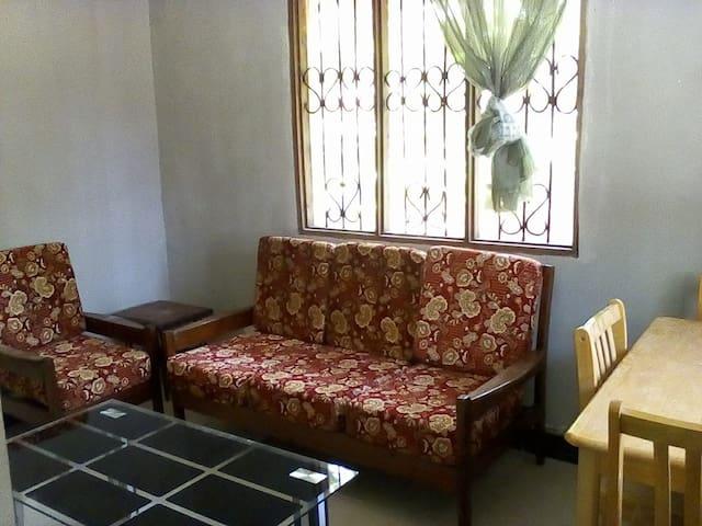 Famasa House