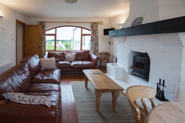 Portnoffer: Entire 4BD Cottage