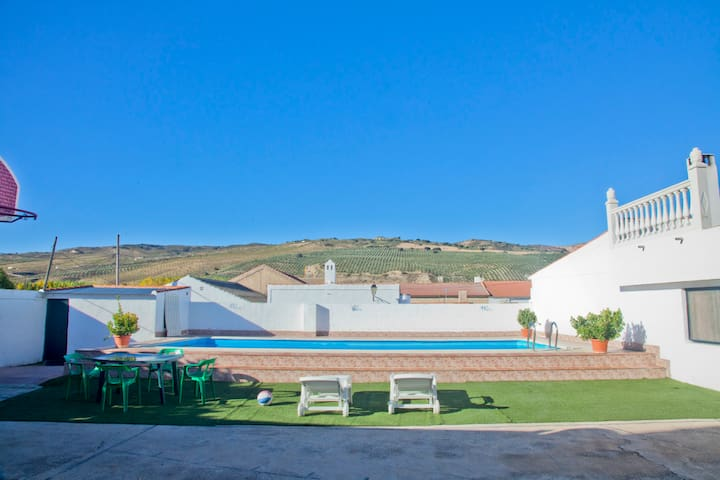 Rural Holiday House - Airport 30min - Cacín - Ev