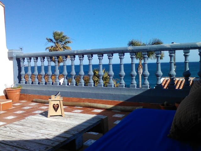 marvellous room in a sea view house - Nerja - Casa