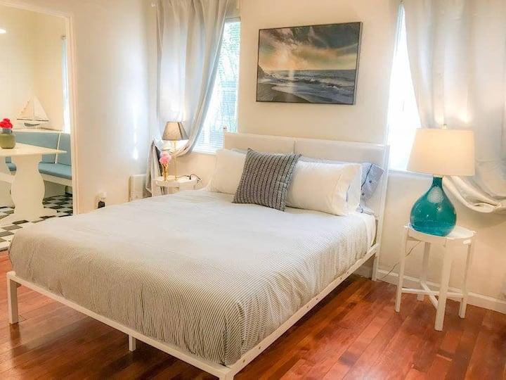 Bldng Third Street -  - Economy Studio - Convenient and perfect Romantic Getaway