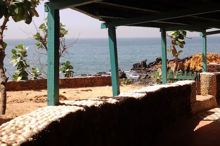 Cabanon avec Jardin /Terrasse - Toubab Dialao - House