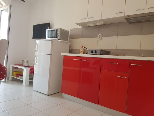 Red appartment