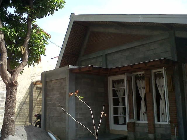 Cozy eco-green house Central Java - Klaten Utara - Dom