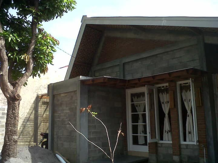 Cozy eco-green house Central Java