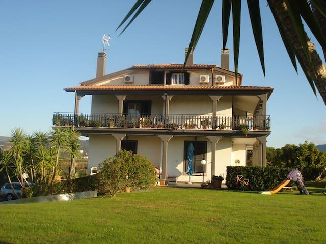 """""""La mia Casa per Tutti"""""""