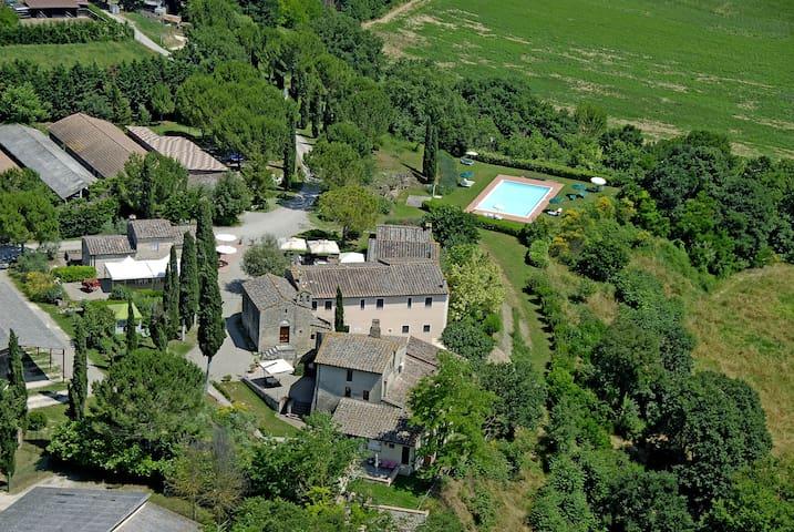 Antico Borgo San Lorenzo - Girasole - Poggibonsi - Appartement