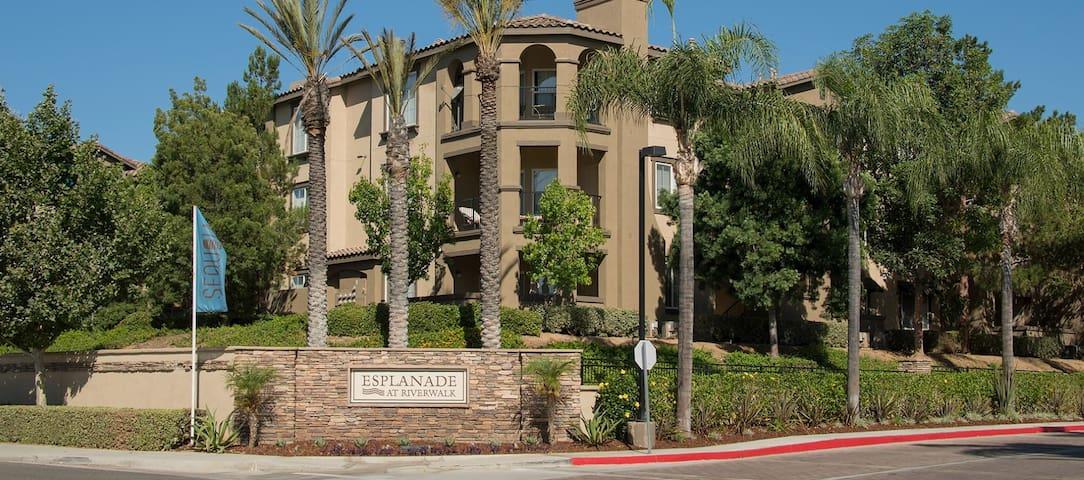 Luxury Spacious Apartment Santized