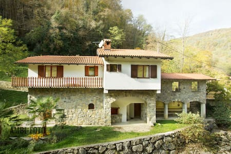 Vila in peacefull surroundings