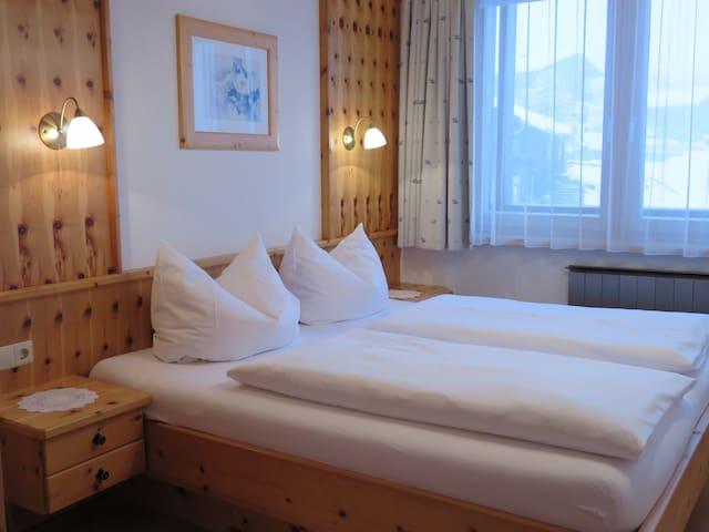 Apartment mit Zirbenzimmer