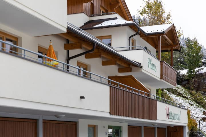 Modern Apartment in Saalbach-Hinterglemm with Terrace